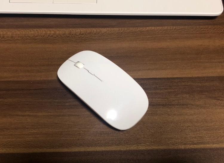 安く買えるマウスの写真